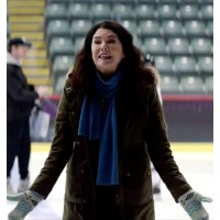 The Mighty Ducks Game Changers Lauren Graham Green Coat